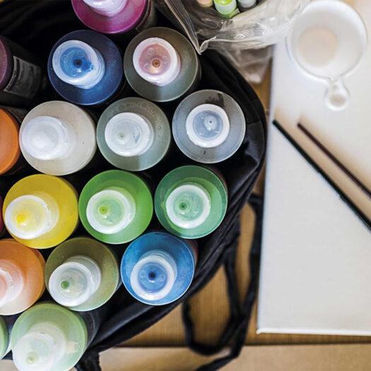 Verfwinkel verf online verf kopen verf bestellen verf op waterbasis 20 verfkleuren gebruiken met verfkwasten verf verwijderen met water verf uit kleding verwijderen lastiger verfspullen MTN Water Based Paint 200ml